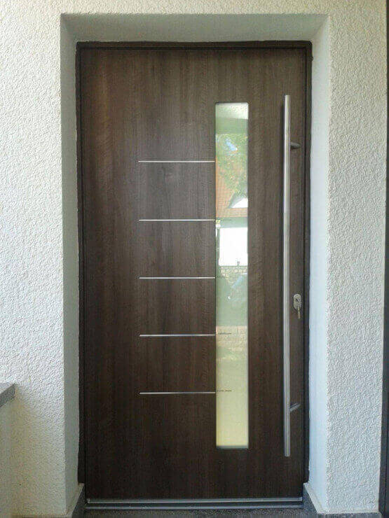 Haustür in Holzoptik