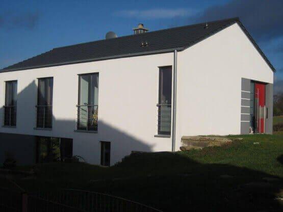 Haustür und Fenster für Einfamilienhaus