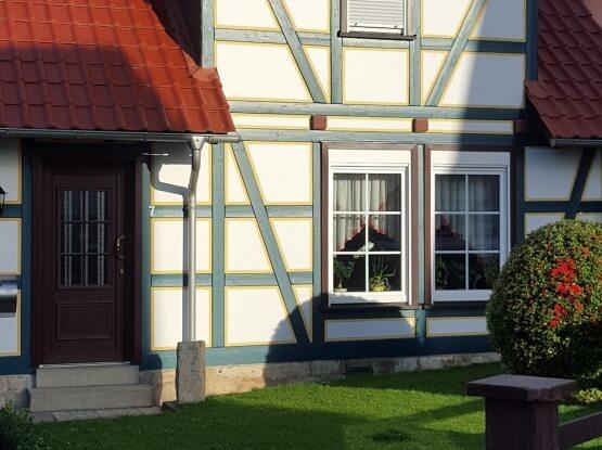 Fachwerkhaus mit Kunststofffenster