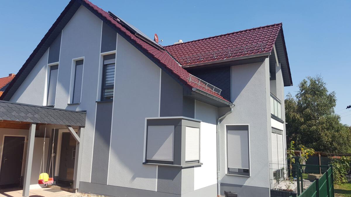Fenster mit Rollladen für Einfamilienhaus